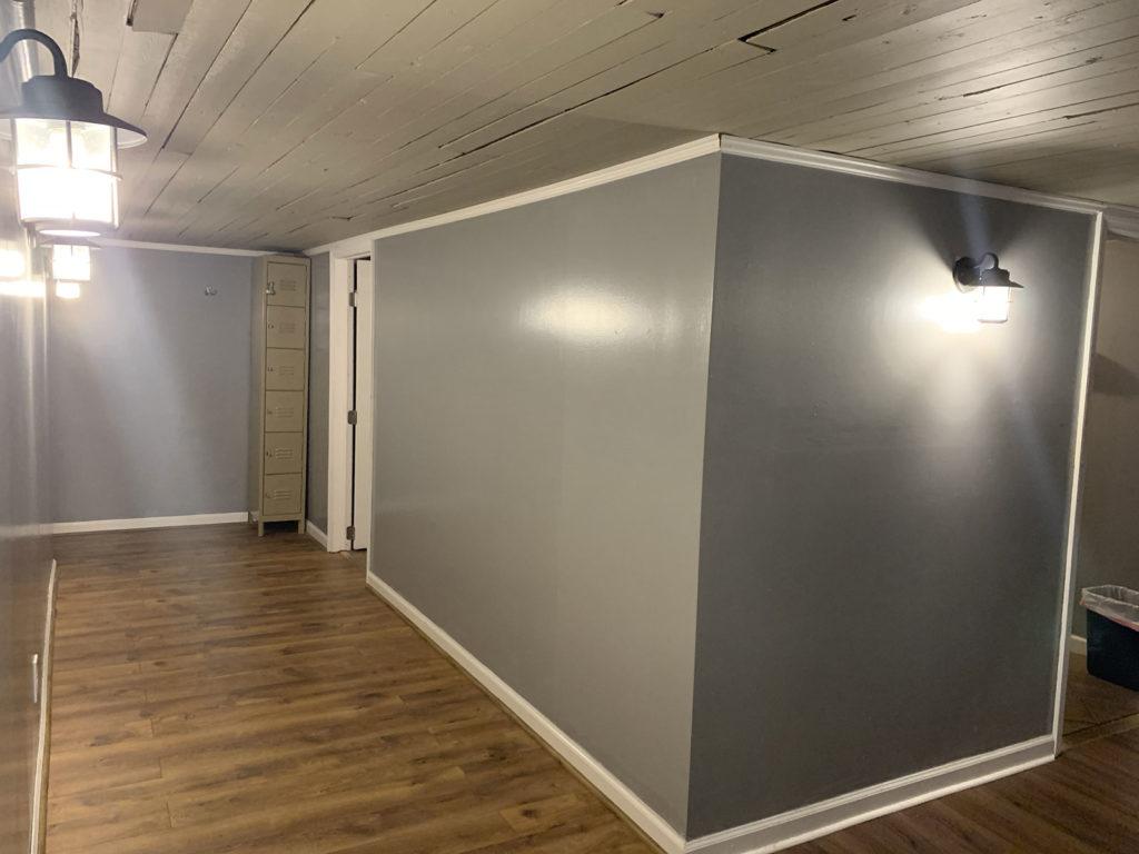 Studio-Hallway